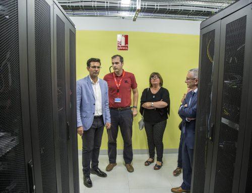 El alcalde de Granada visita Cloud Center Andalucía