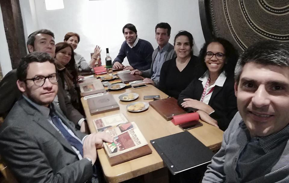 Cena con amigos y clientes en la FILBO