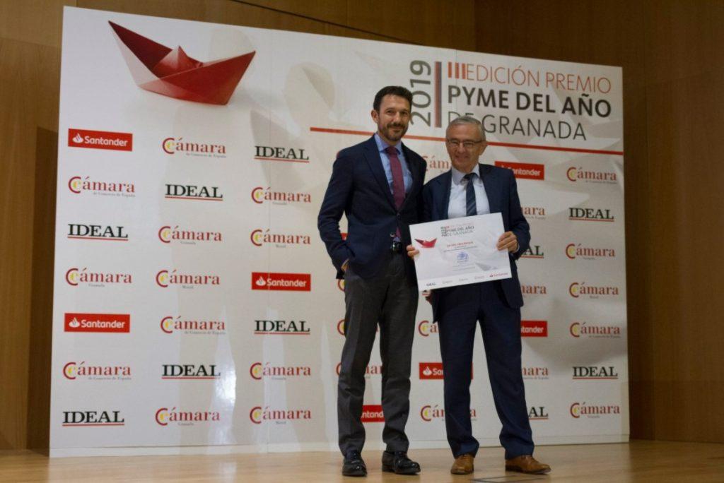El presidente de Grupo Trevenque, Juan Ramón Olmos, recibe el accésit de internacionalización